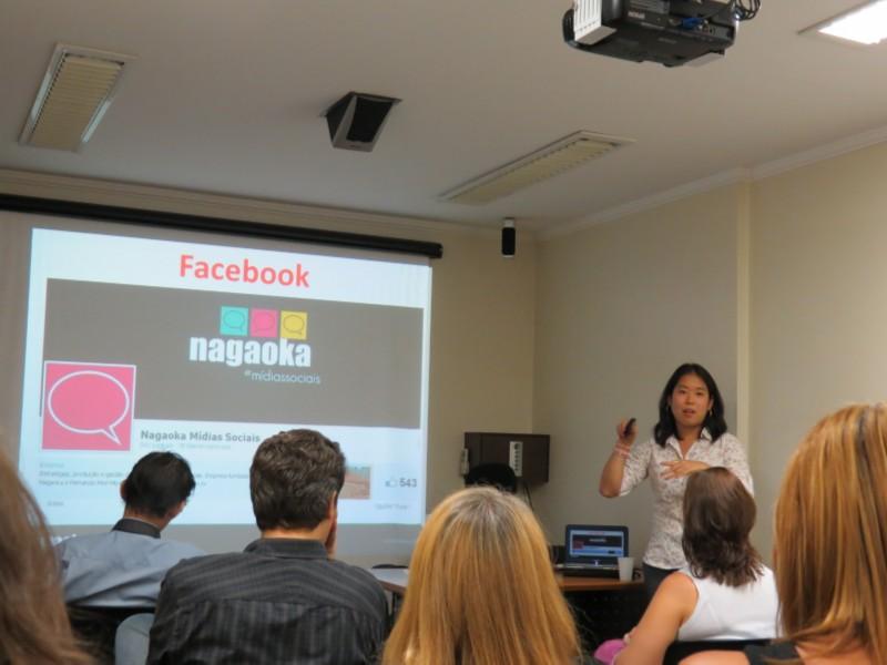 Palestra sobre tênis de mesa e mídias sociais