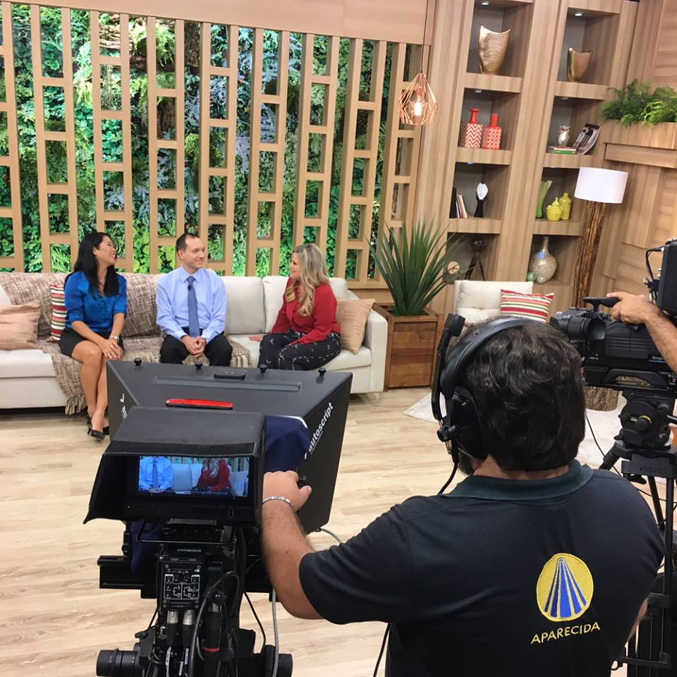 Kelly Nagaoka participa do Programa Manhã Leve, da TV Aparecida